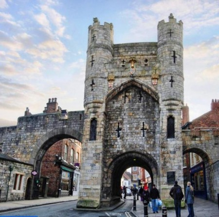 york-city-monk-gatehouse.jpg